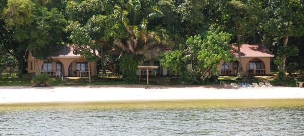 island-hotel-uganda